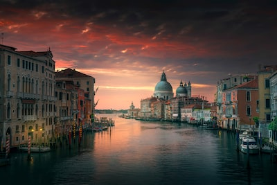 ilhan-eroglu-sony-alpha-7RII-venice-grand-canal-from-rialto-bridge-at-dawn